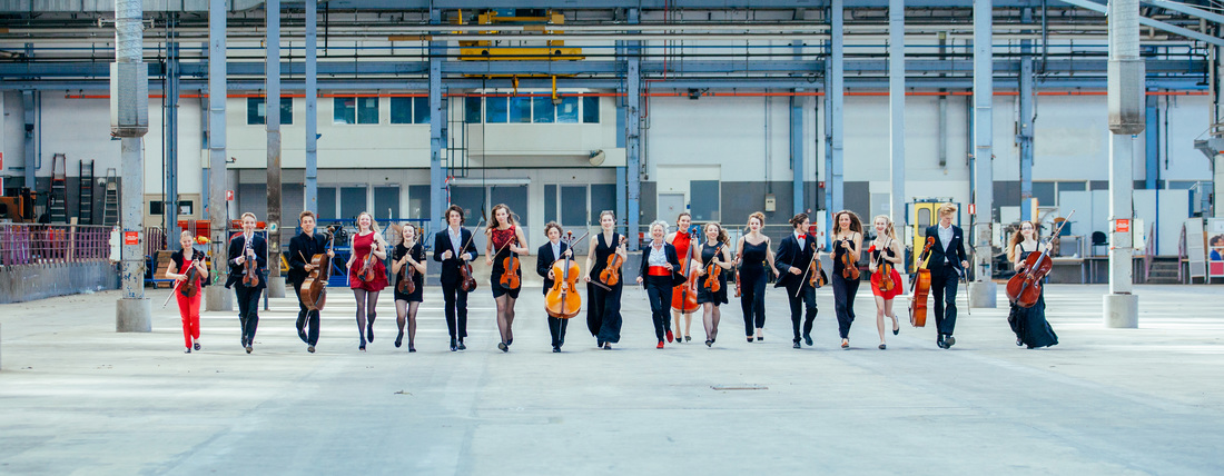 21 luglio 'Britten Youth String Orchestra' by Loes Visser